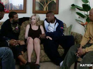 Katie kox giữa các chủng tộc gangbang