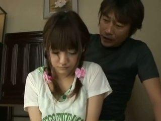 日本語 av モデル 小柄な アジアの ベイブ