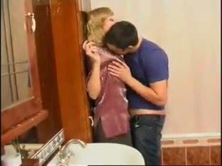 Δεν μαμά και γιός: ελεύθερα ρωσικό πορνό βίντεο f0