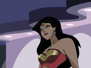 Superhero porno sprašujem se, ženska vs captain america