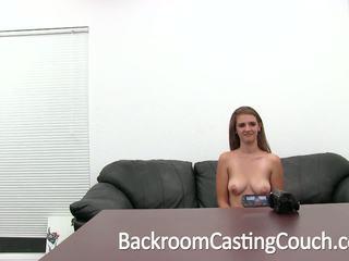 Buah dada besar remaja kacau keras dan swallows air mani, porno a9