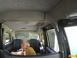 [faketaxi] chelsey lanette (sexy holländisch dame tries anal im taxi - 28.04.16) - porno video 191