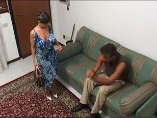 Une maman demonter par sin mec et sin fils