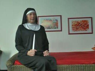 Jadi ficken mati nonnen - teil 1