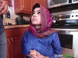 Arab adolescenta ada gets o warm pasarica cream