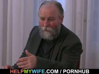 그 paid 그를 에 씨발 그의 아내
