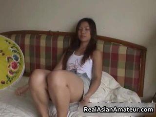 Καυλωμένος/η ασιάτης/ισσα σεξ παιχνίδι γαμήσι σκηνή