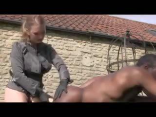 Noir guy loves being treated comme une salope: gratuit porno 0d