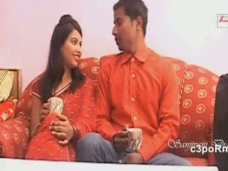 Bgrade remaja aktris seksi adegan di tempat tidur