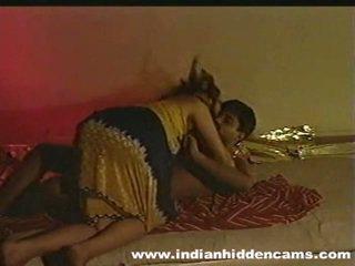 Naimisissa intialainen pair kotitekoiset valmistus rakkaus privacy invaded mukaan hiddencam