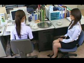 Lustful sekretær 3