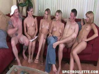 Namai pagamintas vid apie a juokingas porno konkursas amoung innocent amateurs