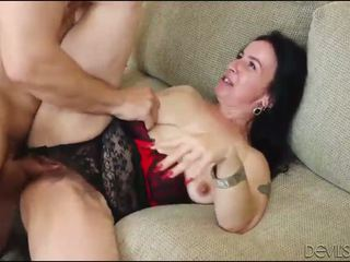 Sexhungry besta gets henne hårete fitte pounded