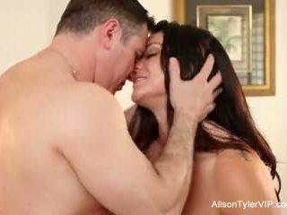 Alison tyler gets gefickt schwer