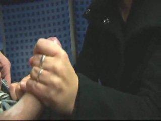 สมัครเล่น บลอนด์ การช่วยตัวเอง & ร่วมเพศ ใน รถไฟ