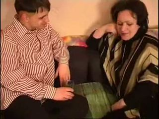 Russisch mam en zoon vet