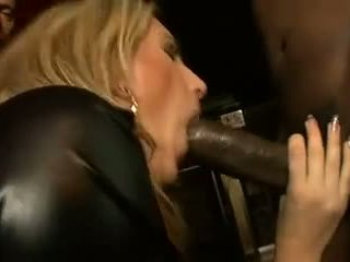any cumshots all, quality double penetration, rated group sex great