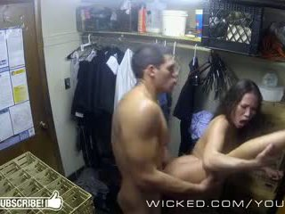 Niegodziwy - kalina ryu gets fucked w the closet