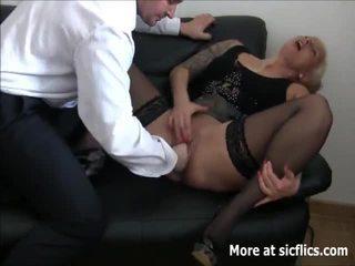 Brutalus fist dulkinimasis squirting orgasms