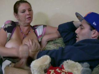 Carrie moon w the opiekunka do dziecka, darmowe duży naturalny cycki porno wideo