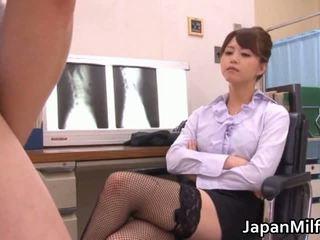 Akiho yoshizawa bác sĩ loves having eaten