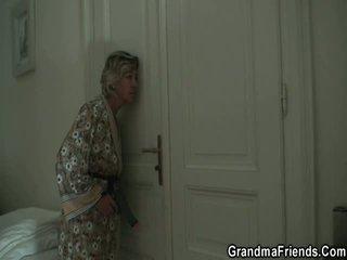 trindade, mamãe, dona de casa