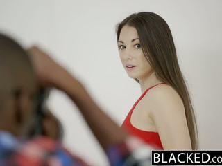 Blacked giovanissima alexis rodriguez con perfetto culo loves bbc