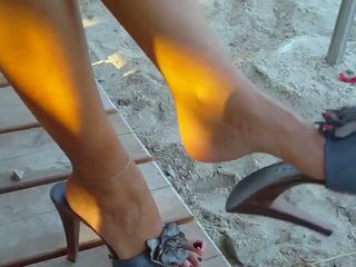 So Sexy Milfy Feet: Sexy Feet HD Porn Video 58