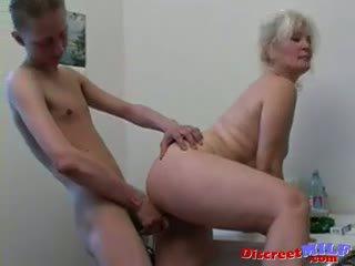 Russisch sexy grootmoeder lena en slava