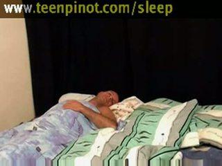 Gaja beauty fodido enquanto a dormir