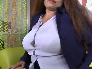 Latinchili nonnina gloria masturbare latino vagina <span class=duration>- 8 min</span>