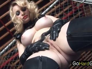 Aiden starr aiden rāda viņai jauns vergs the ropes