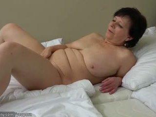 Starý sexy vyzreté, starý vyzreté masturbate s vibrátor