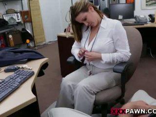 Booby unternehmen dame banged von pawn dude