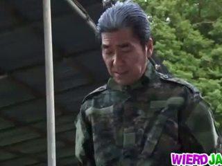 Wierd japan: japansk milf got tied opp og tortured naken