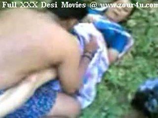 Indiana mallu aunty a foder ao ar livre em picnic