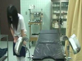 여학생 속임수 로 gynecologist