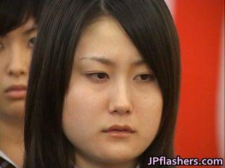 Ιαπωνικό μωρό κατά την διάρκεια graduation