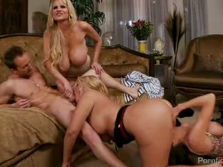 Karen fisher, veronica avluv 和 kelly madison