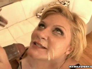 Piękny gorące ginger lynn gets wszystko creamed na jej usta później a gorące rockin pieprzyć