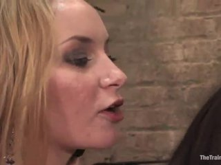 Alexa von tess has punida por aired starr