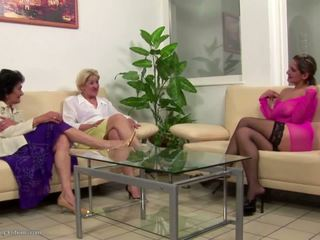 Young Insane Lesbian Fuck and Piss on Grannies: HD Porn f1