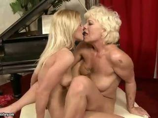 Hot And Sexy Teen Girl Lesbian Sex Videos