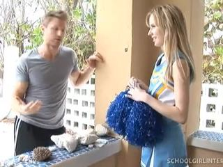 Heiß teen cheerleader kelly klass gets heven gefickt