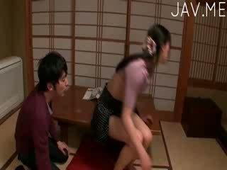 tetas, maldito, japonés