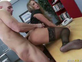 pilns lielas krūtis, skaties office sex, biroja izdrāzt