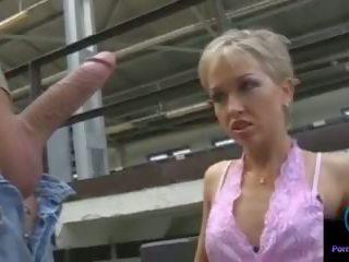 Monique faszkiverés thomas kő hatalmas shaft outdoors: porn 33