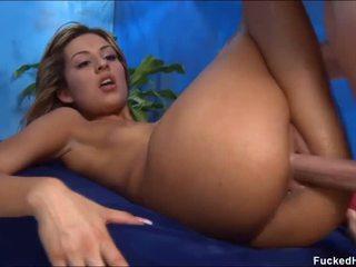 Alasti jaoks tema seksuaalne massaaž