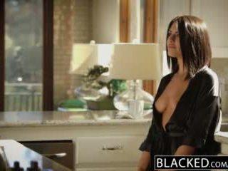 Blacked brünette adriana chechik takes trio von bbcs