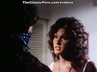 Linda lovelace, harry reems, dolly sharp uz klasika porno vietā